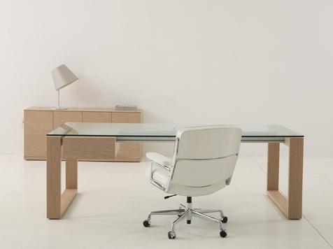 10-bureau-hetre-plateau-verre-modele-10